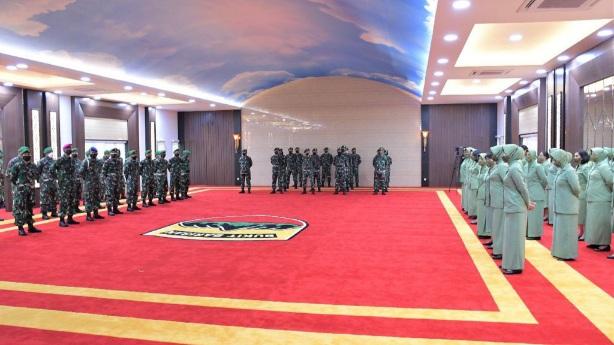 Pangdam I/Bukit Barisan Menerima Laporan Korps Kenaikan Pangkat 18 Perwira Menengah