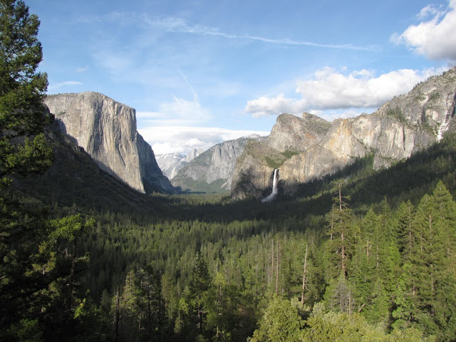 2010 - SX10_0520_Tunnel_View.JPG