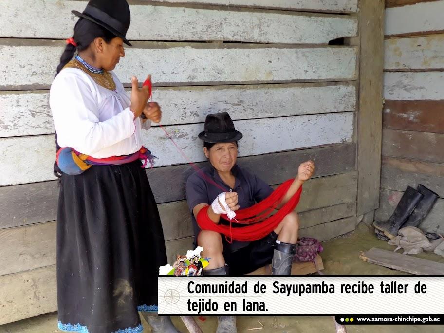 COMUNIDAD DE SAYUPAMBA RECIBE TALLER DE TEJIDO EN LANA