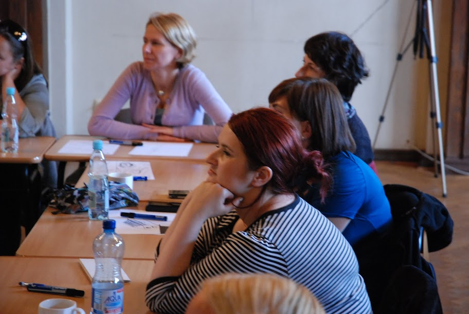 Warsztaty dla otoczenia szkoły, blok 4, 5 i 6 18-09-2012 - DSC_0437.JPG