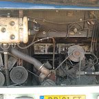 de motor van de oude mercedes 0303 van  Hummelinckstuurman