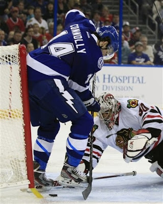 lightning_nov4_hawks2.jpg