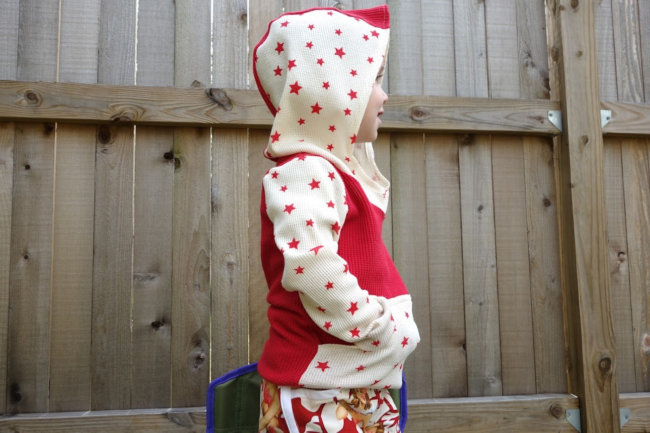 Beach Bum Bimaa hooodie and pin-up Prefontaine Shorts for boys || Made with Moxie || Self drafted kangaroo pocket and contrast fabric trim.