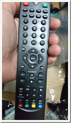 DSC 1059 thumb%25255B5%25255D - 【ガジェット】「H2 WiFi プロジェクター」レビュー。大画面300インチでファミコン!自宅でお手軽1万円~プロジェクター時代