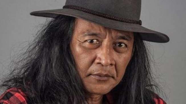 Sujiwo Tejo Kritik Permintaan Maaf Luhut Soal PPKM, Persoalkan Diksi 'Jika'