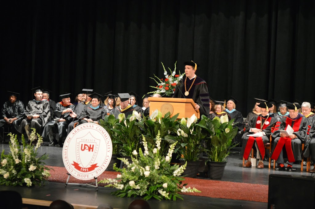 UA Hope-Texarkana Graduation 2014 - DSC_5007.JPG