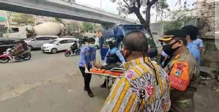 Satpol PP Kelurahan Kedaung Kaliangke Gelar Monitoring dan Evakuasi Orang Telantar