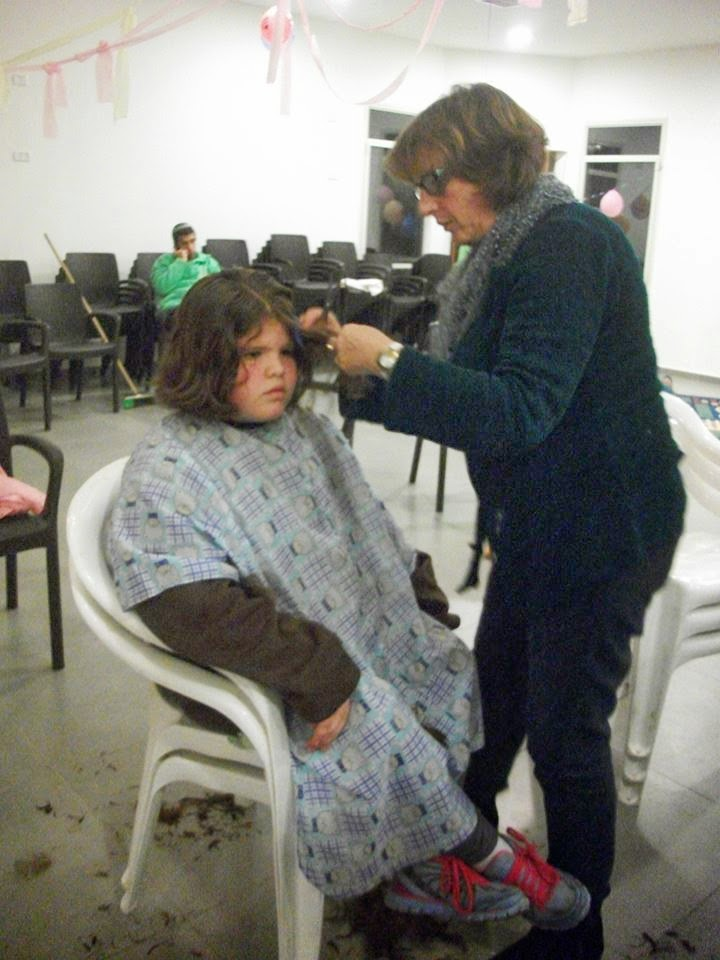 Donating hair for cancer patients 2014  - 1925351_539678559481775_1376540067_n.jpg