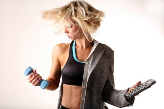 multitasking-businesswoman