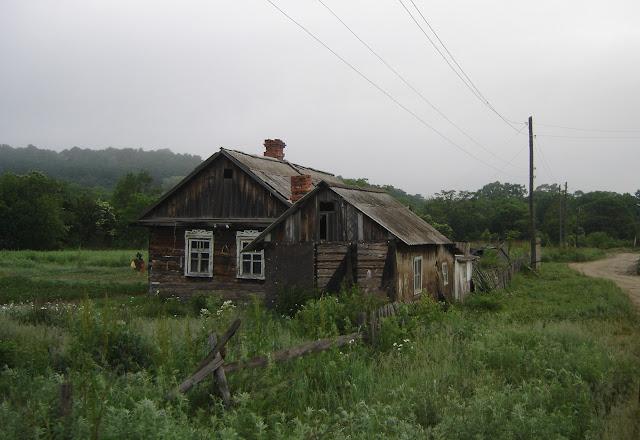 Dans le village de Tigrovoy, 25 juin 2011. Photo : G. Meissonnier