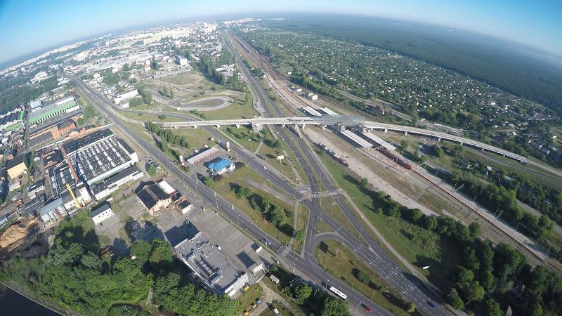 wynajem drona zdjęcia z lotu ptaka z drona wiadukt warszawski w Bydgoszczy z lotu ptaka