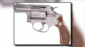 Pilot, other man detained after TSA finds gun