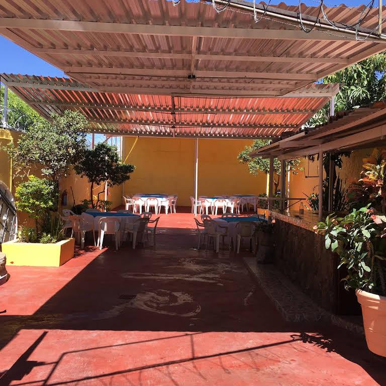 Terraza De Eventos Infantiles Paula Elena Salón Para
