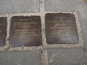 Waldeckstraat 4 Stolpersteine voor, Sallie Heijmans en Jetty Heijmans.