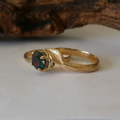 Opal Raw yellow gold ring