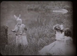 As Aventuras de Alice no País das Maravilhas, 1910 - Coelho Branco
