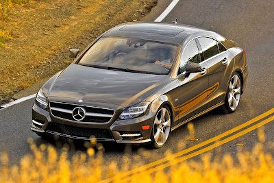 Mercedes-Benz-CLS550_2012_1600x1067_Front_Angle_04