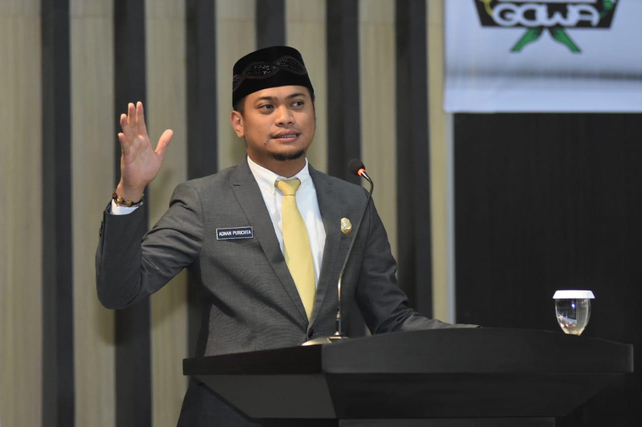 Bupati Adnan : Ketua dan Wakil Ketua DPRD Gowa Periode 2019-2024 Diharap Jalankan Fungsi Ideal Dalam Mendukung Kinerja Pemerintah