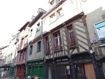 2018.07.01-072 maisons à pans de bois rue Saint-Michel