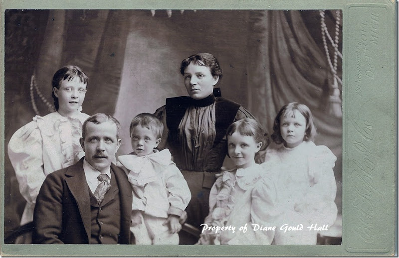 William Lindsay Family circa 1896