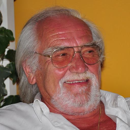 Rolf Heinemann Photo 7
