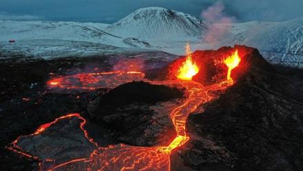 Τι συμβαίνει με την ηφαιστειακή δραστηριότητα σε όλο τον πλανήτη;