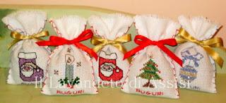 ricami punto croce natalizi