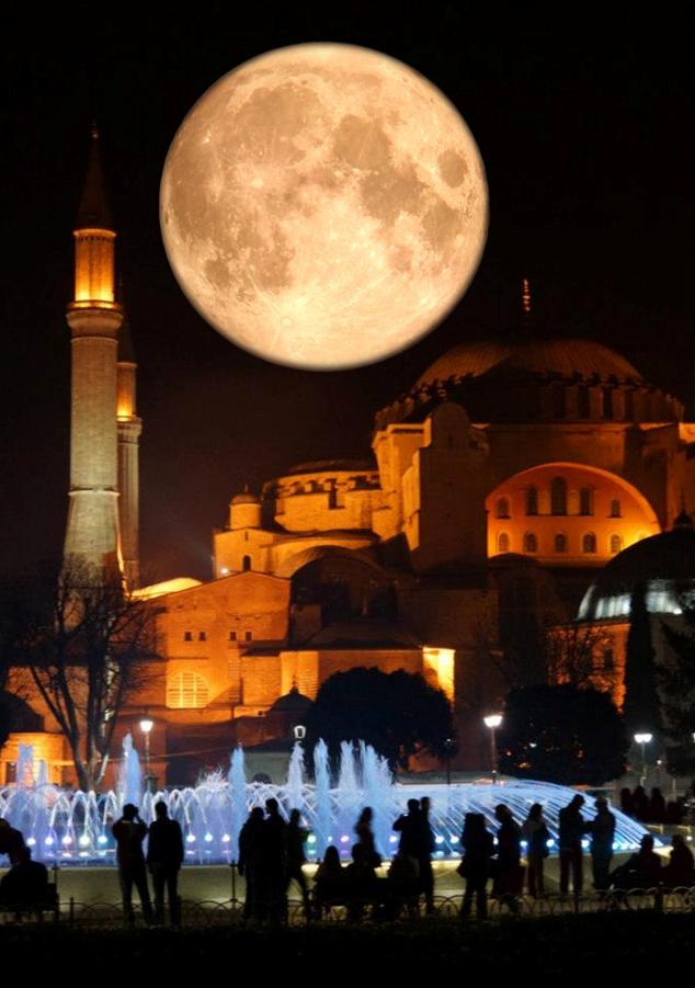 Κωνσταντινούπολη. Χριστούγεννα του 537 τα θυρανοίξια της Αγίας του Θεού Σοφίας.