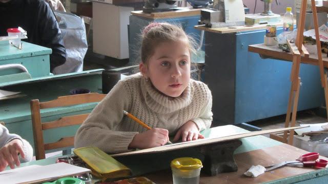 Подготовка до конкурсу дитячого малюнку «Світ без насильства очима дітей» - 30 ноября 2012г. - IMG_2995.JPG