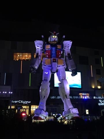 Giant gundam statue in Odaiba, Tokyo