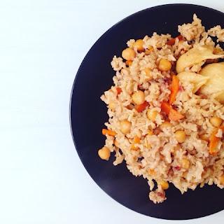 Вегетарианские рецепты. Плов из бурого риса с нутом)