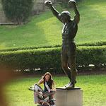 Памятник киноперсонажу боксеру Рокки