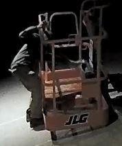 Lift Bucket 2