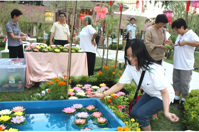 Charity - KWSH Moon Cake Festival 2009 - IMG_4503.jpg