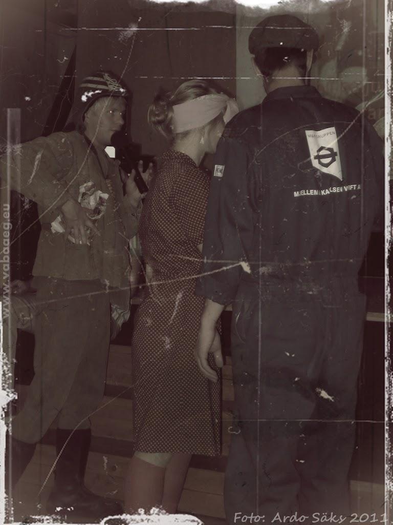 03.12.11 Kaadreid aegadetagusest viisaastakupeost - fotod pole küll hästi säilinud aga funk sama! - AS03DETS11KOLHOOS-093SM.jpg