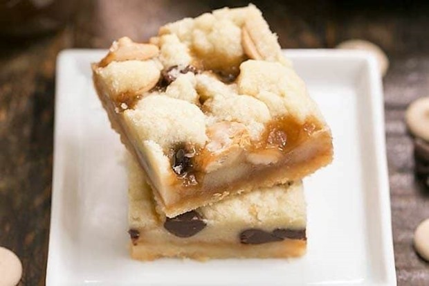Chocolate-Chip-Caramel-Butter-Bars-3-660x440