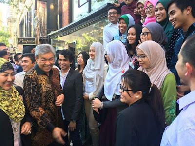 Ramai betul yang ambil berat pasal ucapan Timbalan Perdana Menteri, Dato' Seri Dr. Ahmad Zahid Hamidi di PBB