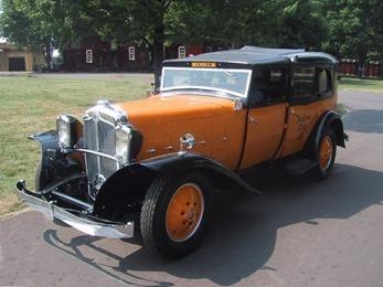 Checker 1930 Model M