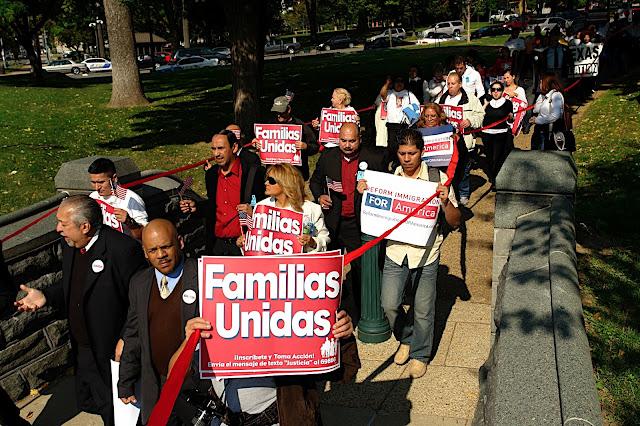 NL Fotos de Mauricio- Reforma MIgratoria 13 de Oct en DC - DSC00794.JPG