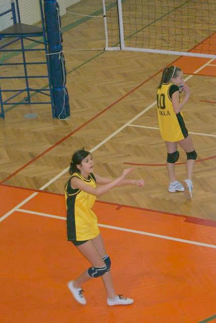 Zawody siatkarskie dziewczat 1 marca 2011 - DSC09291_1.JPG