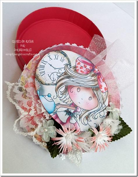 Winnie in Wonderland gift box 2