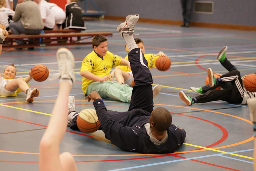 Basisschool toernooi 2013 deel 2 - IMG_2503.JPG
