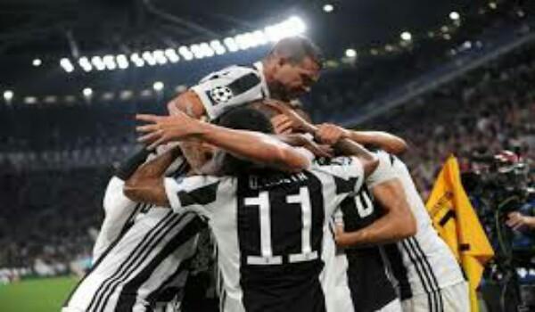 Juventus 2 Olympiacos 0: Higuain back on form as Bianconeri return to winning ways