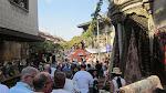 Crowded crowded crowded