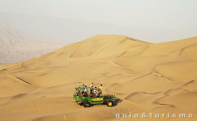 Deserto de Huacachina, Peru