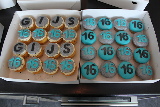 827- Cupcakes.JPG