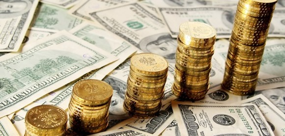 Dollar strengthens