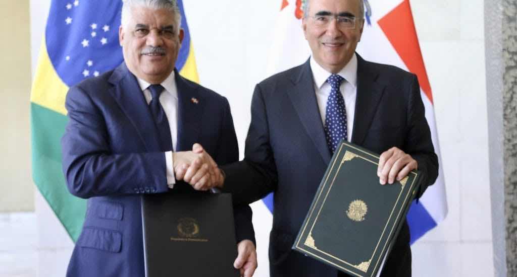 Canciller RD firma seis acuerdos con Brasil