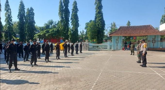 Latihan Baris Berbaris Bersama TNI POLRI