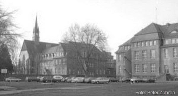 Straßenfront, 1987